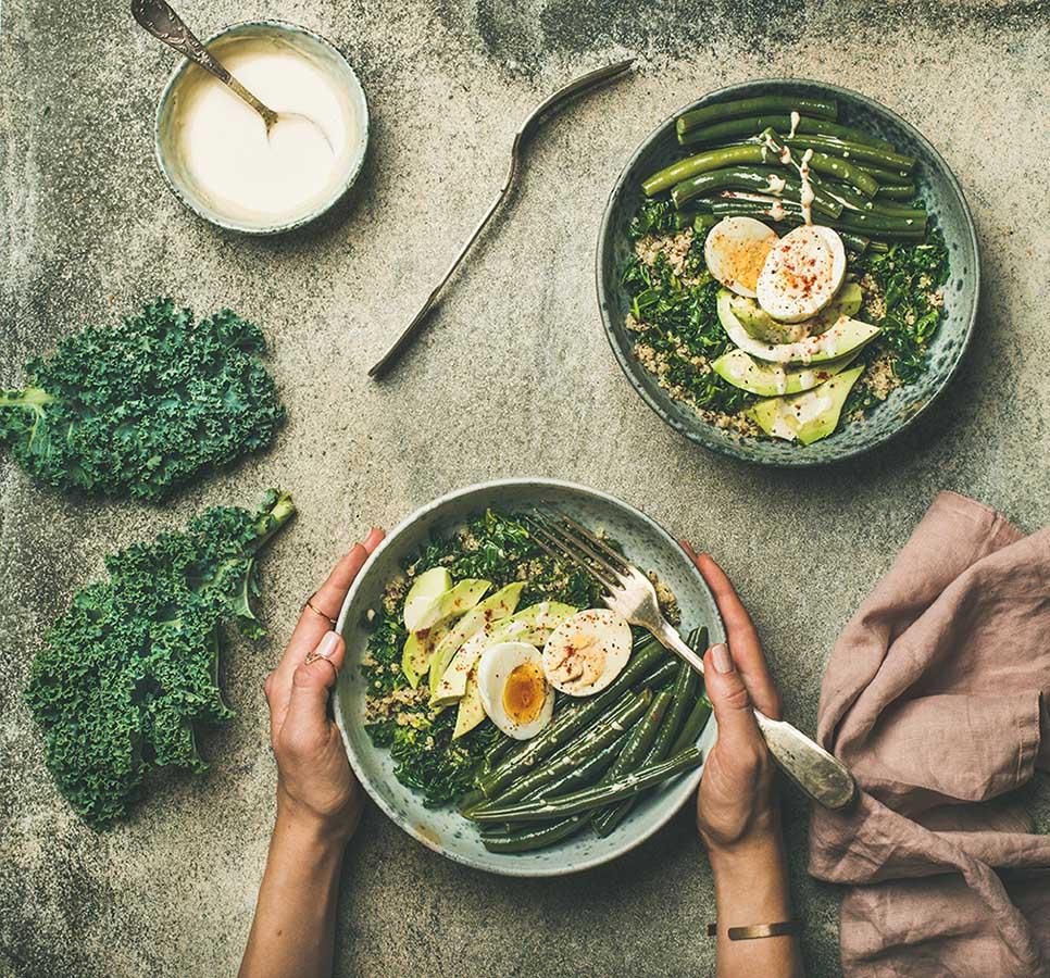 Салат с  авокадо и зеленой стручковой фасолью